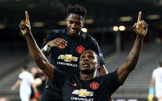 Ighalo tỏa sáng giúp Manchester United đặt một chân vào tứ kết