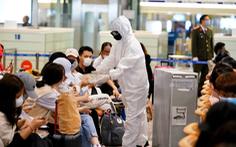 Khách  đi máy bay không mang quá 100ml dung dịch rửa tay