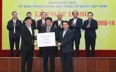 Thaco trao 10 tỉ đồng hỗ trợ chống dịch COVID-19