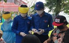 'Áo xanh' Đà Nẵng cùng chống dịch ở các chốt y tế ngoại ô