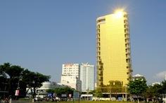 Cận cảnh hai tòa nhà 'dát vàng' gây nhức mắt tại Đà Nẵng