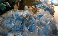 Phạt người mua 780kg khẩu trang y tế ở Bình Chánh