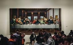 Pháp tạm đóng cửa Bảo tàng Louvre do lo ngại sự lây lan của COVID-19