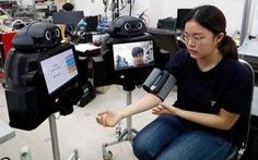 'Y tá robot' giúp bác sĩ thăm khám bệnh nhân COVID-19