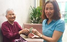 Mẹ Việt Nam anh hùng 91 tuổi ủng hộ 5 triệu đồng dành dụm chống dịch