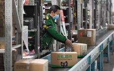 Trung Quốc đang mạo hiểm khi tái khởi động kinh tế giữa dịch?