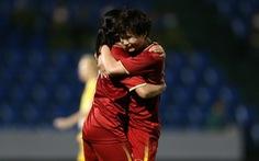 Rớt 3 hạng của FIFA, tuyển nữ Việt Nam vẫn hơn Thái Lan 4 bậc