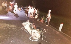 2 môtô đụng thẳng mặt nhau, 3 người chết