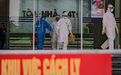 Cách ly, phun khử trùng chung cư 400 hộ có người nhiễm COVID-19 ở Hà Nội