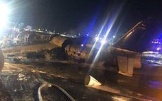 Máy bay Philippines chở bệnh nhân đi Nhật bốc cháy trên đường băng, 8 người chết