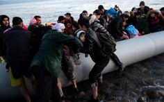 Hi Lạp bị tố bắn, đâm chìm xuồng chở người tị nạn trên biển