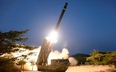 Rodong Sunmun: Triều Tiên thử thành công hệ thống phóng tên lửa đa nòng 'siêu lớn'