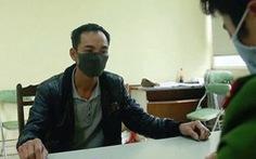 Khởi tố người vứt 14 thùng phuy chất thải nguy hại xuống sông Hồng