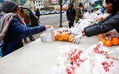 'Ngân hàng thực phẩm' cứu trợ người nghèo giữa tâm dịch New York