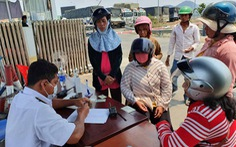 Việt Nam tạm dừng các cửa khẩu ở biên giới Tây Nam để ngăn dịch COVID-19