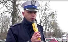 Sợ dịch lây lan, Ba Lan ngừng đo nồng độ cồn trên đường
