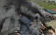 Hàng trăm mét vuông xưởng sản xuất vật liệu cách nhiệt bị thiêu rụi