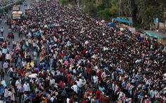 Hàng trăm triệu dân nghèo Ấn Độ sợ đói hơn sợ virus corona