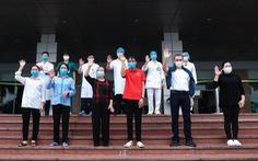 Thêm nhiều người ra viện, Việt Nam đã chữa khỏi 56,4% bệnh nhân COVID-19