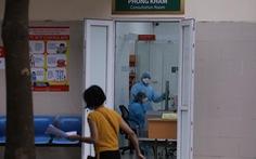 Gần 180 nhân viên y tế Bệnh viện Bạch Mai được gỡ bỏ 'cách ly kép'