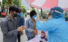 Chuyên gia Nga vừa nhập cảnh được phát hiện mắc COVID-19, Việt Nam sẽ sớm có vắc xin