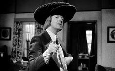 Danh hài lừng danh người Anh Tim Brooke-Taylor qua đời vì COVID-19