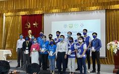Nhiều thầy thuốc trẻ và sinh viên y khoa tham gia phòng chống dịch COVID-19