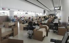 Sân bay Nhật Bản dựng 'khách sạn' bìa carton cho du khách mắc kẹt