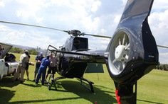 Lấy trực thăng ở nhà đi làm từ thiện