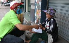 Biến nhà hàng thành 'quán cơm dã chiến' phục vụ người nghèo