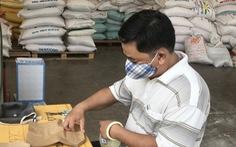 Ngày đầu hoạt động, 'ATM gạo' Thủ Đức đã có 45 tấn gạo 'làm vốn'