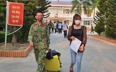 Lãnh đạo các địa phương Thừa Thiên Huế đón lao động Lào hết cách ly về nhà