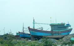 Hai xưởng đóng tàu gây ô nhiễm khu dân cư