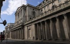 Anh: Doanh nghiệp đổ xô đi đăng ký nhận hỗ trợ của chính phủ