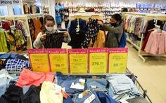 Hàng may mặc 'made in Vietnam' hút hàng tại các siêu thị