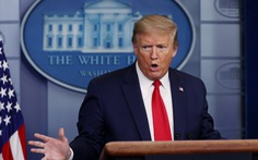 Ông Trump ký lệnh ngưng 'một phần' nhập cư
