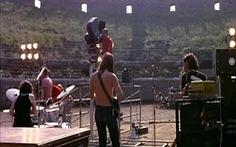 Hát cùng The Beatles và 'hội ngộ' Pink Floyd