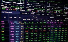 Chứng khoán nhận về hơn 3,24 tỉ USD vốn hóa, hàng loạt cổ phiếu tăng trần