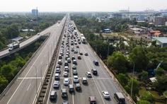 Cao tốc TP.HCM - Long Thành - Dầu Giây không xả trạm thu phí dù được yêu cầu nhiều lần