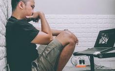 Làm việc ở nhà, ngồi xổm khỏe hơn?
