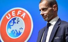 Chủ tịch UEFA nói Liverpool phải được trao cúp vô địch