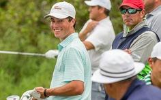 Video pha đánh golf vào lỗ 'như kỹ xảo điện ảnh' gây sốt mùa dịch COVID-19