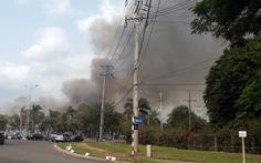 Kho chứa hơn 10.000 tấn hạt điều ở Phú Mỹ bốc cháy dữ dội