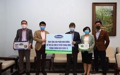 Tiếp sức tuyến đầu chống dịch, Vinamilk ủng hộ 15 tỉ đồng