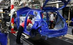 Pháp hỗ trợ các hãng ô tô chuyển hoạt động sản xuất về nước