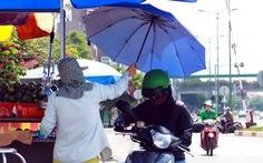 Sài Gòn nhiều ngày 36 - 37 độ, đủ kiểu chống nắng nóng