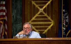 Chủ tịch Ủy ban Tình báo Thượng viện Mỹ từ chức vì bị FBI điều tra