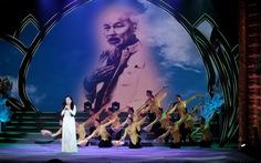Rực rỡ sắc màu chương trình nghệ thuật đặc biệt 'Dâng Người tiếng hát mùa xuân'