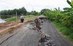 Sụt lún 50m tỉnh lộ 965 tại Kiên Giang, giao thông ách tắc