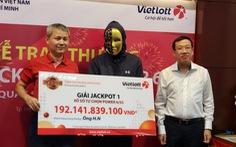Vietlott chính thức bán vé số qua điện thoại